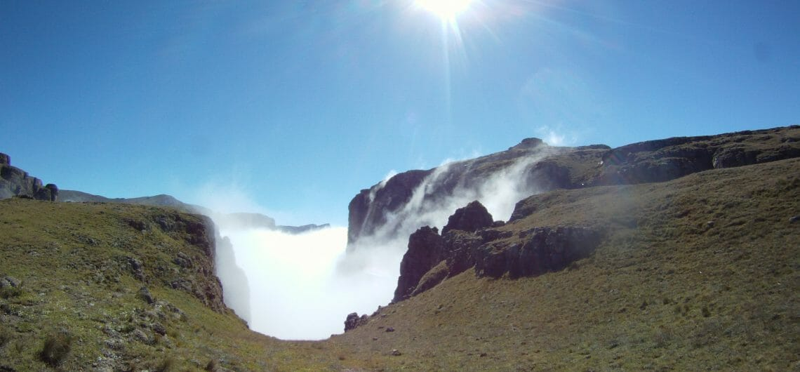 Hiking and Trekking tour Drakensberg Mnweni 5 day Drakensberg hike_4