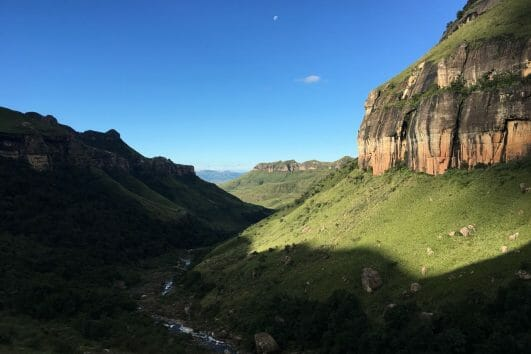 Drakensberg Amphitheatre slackpacking adventure tour_4
