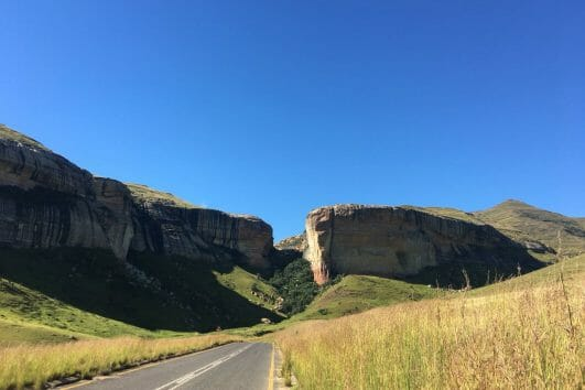 Drakensberg Amphitheatre slackpacking adventure tour_5