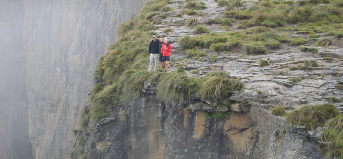 Hike the drakensberg amphitheater_2