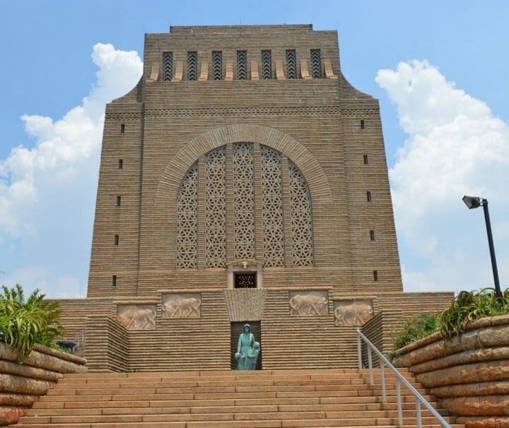 Pretoria city and Voortrekker monument tour